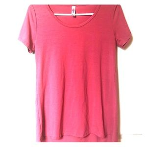Lularoe XXS Classic T coral colored